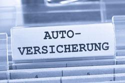 Daimler fokussiert sich auf Kfz-Versicherungen