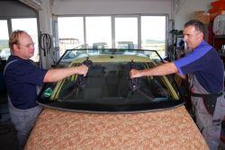 Kfz Versicherungen wollen bei Glasschäden einsparen