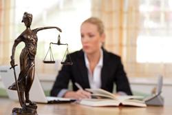 Urteil: Versicherer muss Umsatzsteuer für Ersatzwagen bezahlen