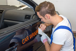 Geld verdienen mit Autowerbung - Das gilt es dabei zu ...