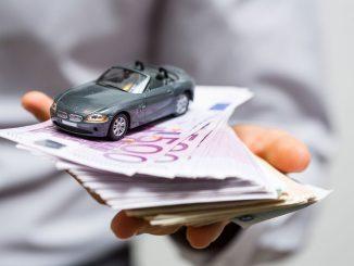 Deutsche bezahlen bei der Kfz-Versicherung zu viel