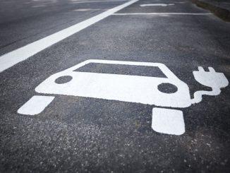 Porsche verstärkt Investment in Elektroauto
